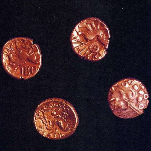 Nummus Ostrogodo de Atalarico Monedas%20celtas