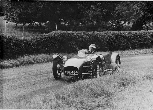 P'tit apercu de l'histoire de Lotus en images 7-TBY484-500