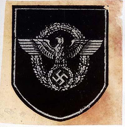 Немецкие стальные шлемы М35 Polizei_transfer