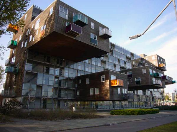 Ružne gradjevine Lude_kuce_amsterdam1