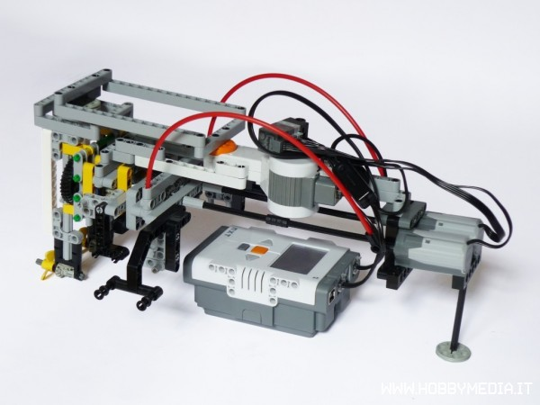 flypistons - portal Lego-nxt-boat-3