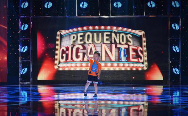 'Pequeños gigantes', el programa presentado por Jesús Vázquez, arrasa en su estreno Pequenos-gigantes1-a