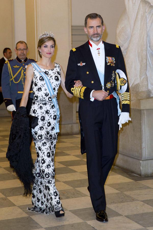 Margarita y Enrique de Dinamarca - Página 26 Reyes1--z