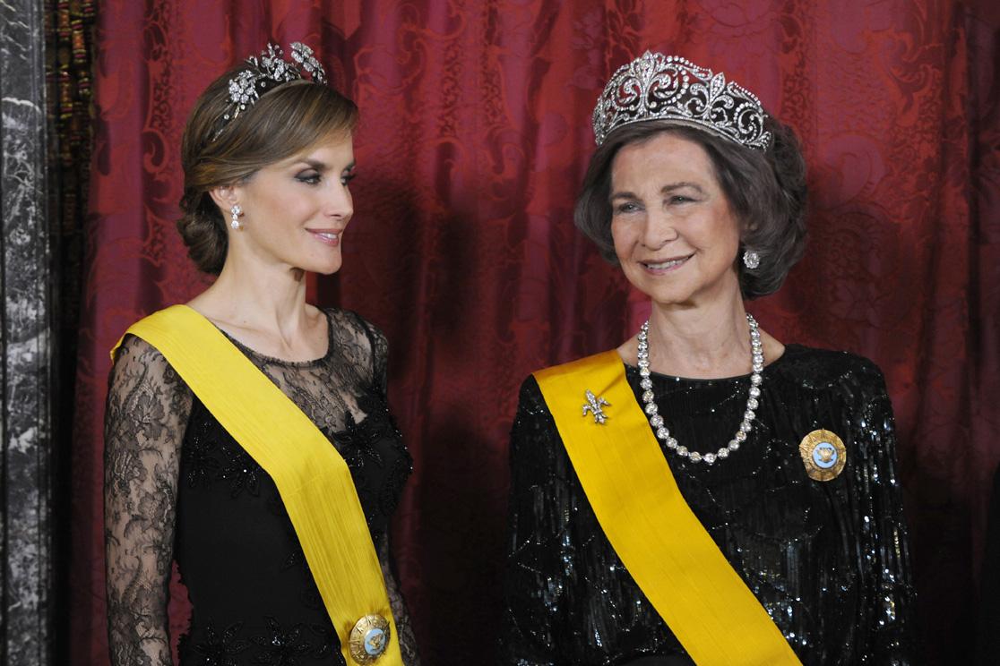 Letizia, Princesa de Asturias (III) (FORO CLAUSURADO) - Página 26 Reyes-gala3-a