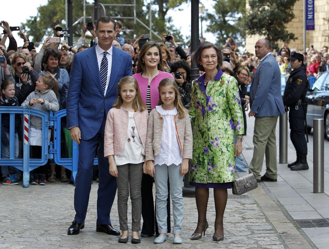 Felipe VI y Letizia - Página 6 Pascua2-a