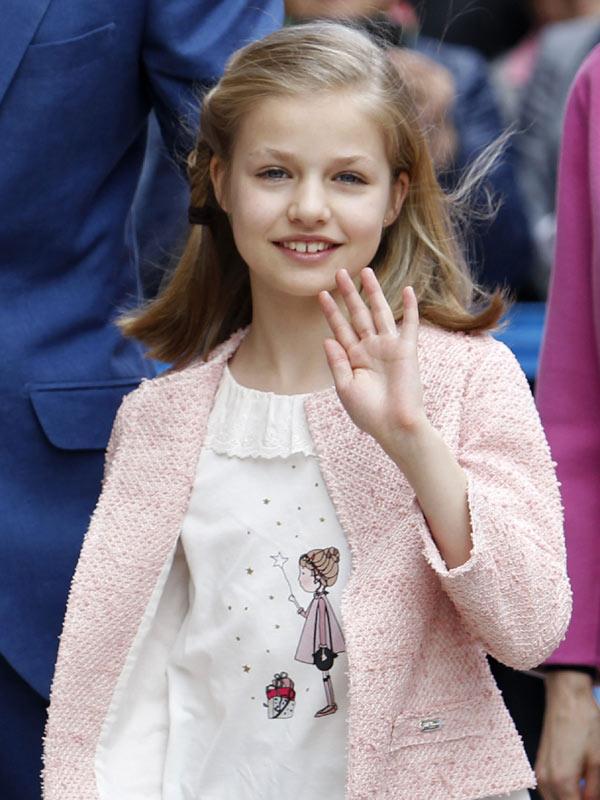 Felipe VI y Letizia - Página 6 Pascua4--a