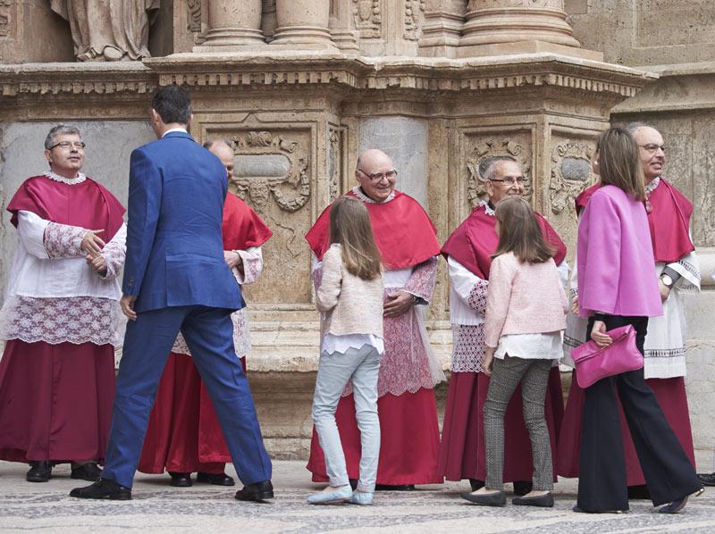 Felipe VI y Letizia - Página 6 Pascua6--a