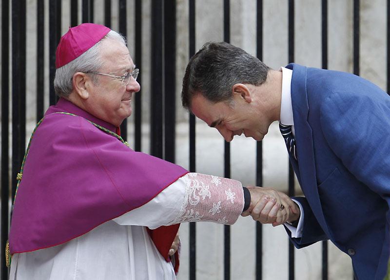 Felipe VI y Letizia - Página 6 Pascua8--a