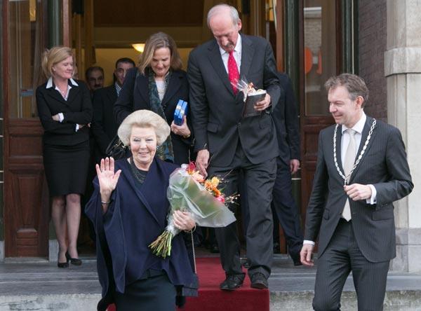Princesa Beatrix Wilhelmina Armgard van Oranje-Nassau - Página 2 Princesa-beatriz--a