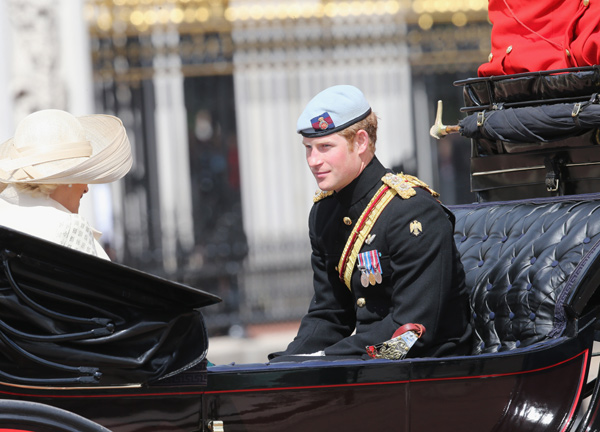 Trooping the Colour 2013. Desfile-trop-harry--a