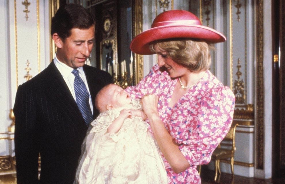 William y Catherine, Duques de Cambridge - Página 27 Bautizo-ppe-guillermo4-a
