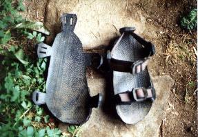 Que faire avec des vieux pneus Sandals2