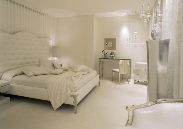 جمال الكريستال في الديكور  Master-bed-room-582x411
