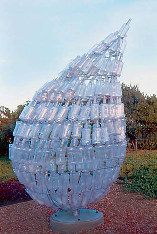 Glass art-staklena umetnost - Page 9 Bottle-sculpture