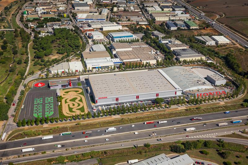 Honda inaugura su nuevo centro de logística 1