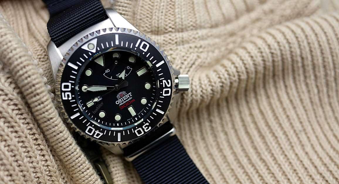 Les plongeuses oubliées Orient-Pro-Saturation-Diver-SEL02002B0
