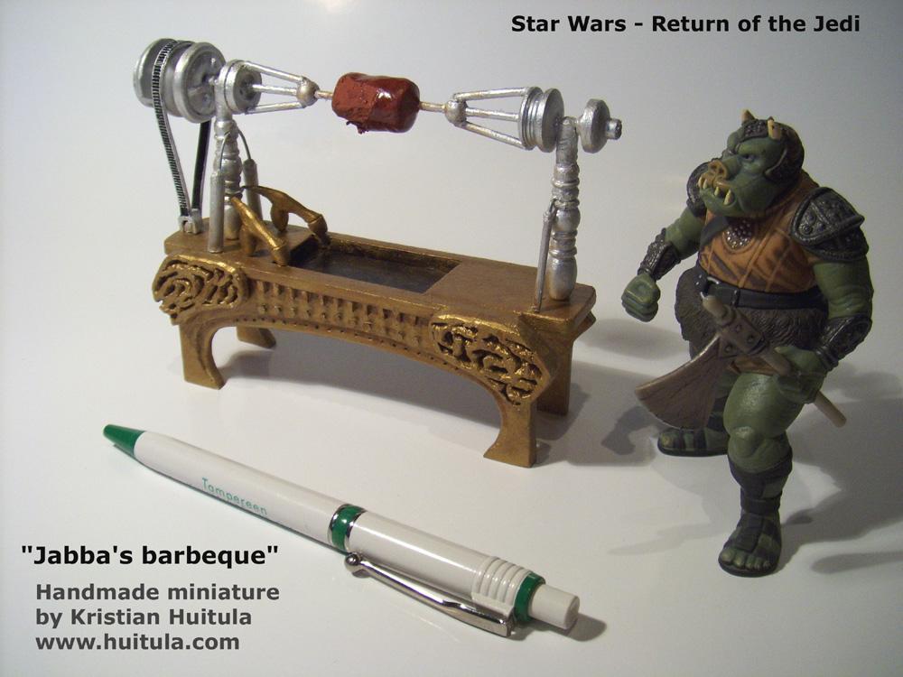 STAR WARS : Palais de Jabba, Rancor grotte xxl Jabba_miniature_text_big