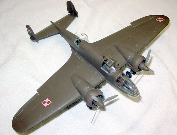PZL P 23b Karas :  Mirage 1/48 Los_top_view_2