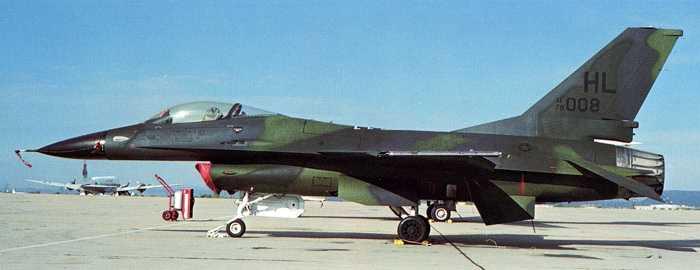 Lockheed Martin F-16 Fighting Falcon   ( caza polivalente monomotor USA ) F-16B_HL-R01