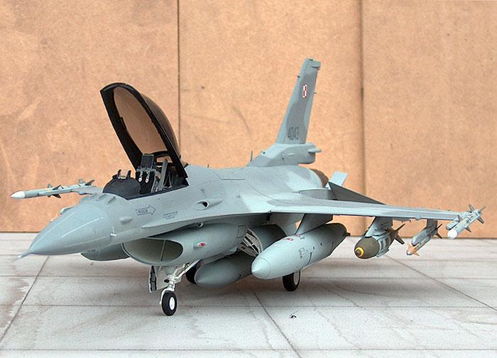 المواجهة : مصر و إسرائيل - قوة الجيش المصري ومقارنة إستراتيجات وسيناريوهات الحرب - F16c32ao_1