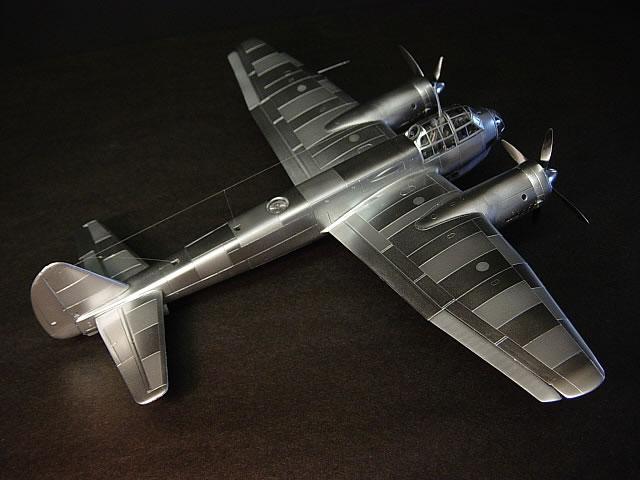 "McDonnell XF-85 ""Goblin"" [1:72-MPM] - Page 2 Ju88v648gg_3"