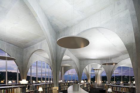 Najlepše biblioteke na svetu - Page 2 Tama_library6
