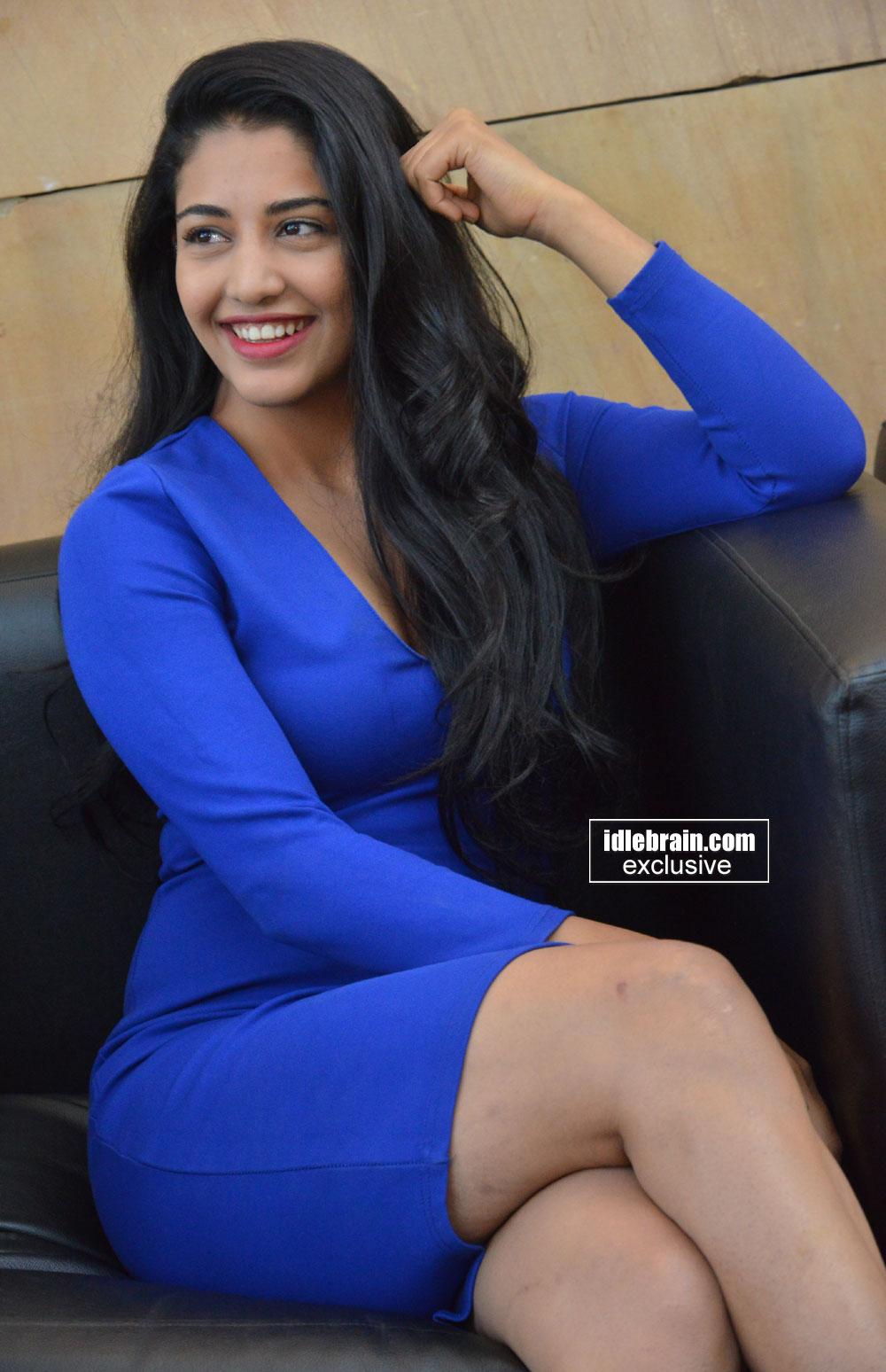 DEBATE sobre belleza, guapura y hermosura (fotos de chicas latinas, mestizas, y de todo) - VOL II - Página 7 Dakshanagarkar20