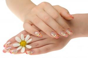 Zgjidhni manikyrin që përshtatet me lëkurën e duarve tuaja dhe strukturën e thoit. 8f8f8738-55c0-4389-b5ff-66983f0a05a8---0-