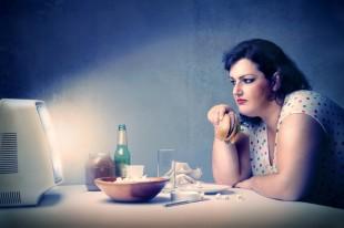 Il reato di pericolo - Pagina 3 Obesit%C3%A0-sovrappeso-junk-food-iStock_000014463200_Small-310x206