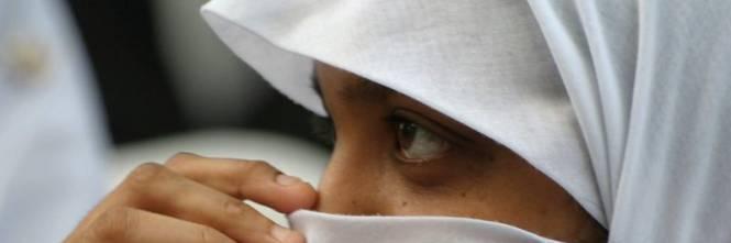 Non indossa il velo islamico: ragazzina pestata dalla madre 2013-03-velo7