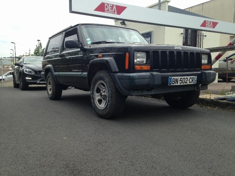 Stoechio's XJ 2.5L AMC 1999 152344675652452737