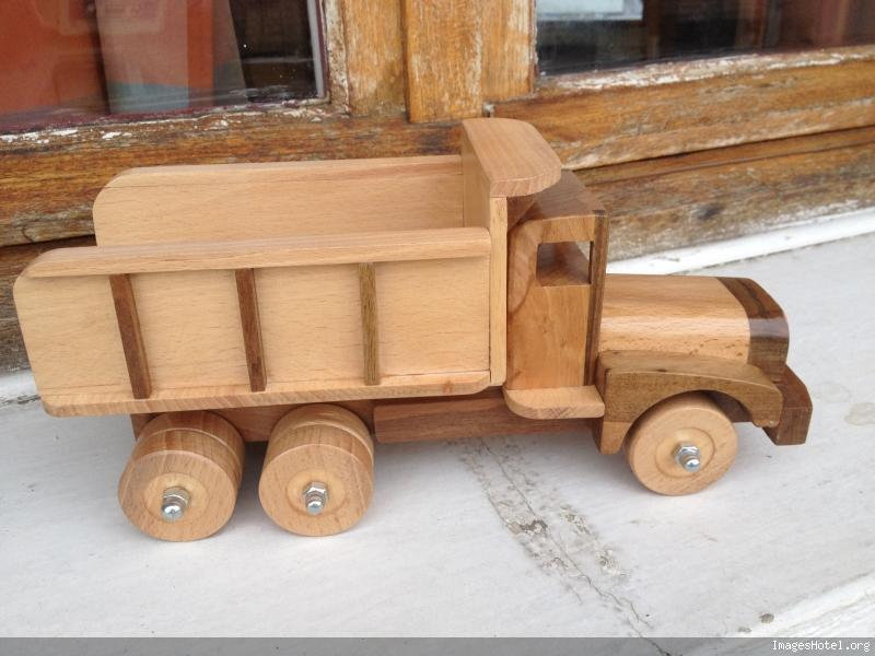 Camion en bois Img0822