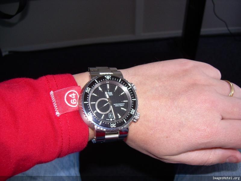 Question pour les possesseurs de montre ORIS Scn1617