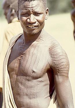 لمحات تاريخية للصراع بجنوب السودان H.warrior_southern_Sudan_image_1