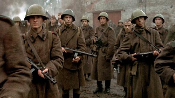 PPSH 41 - El arma que gano la Gran Guerra Patria Downfall_PPsh41field02a