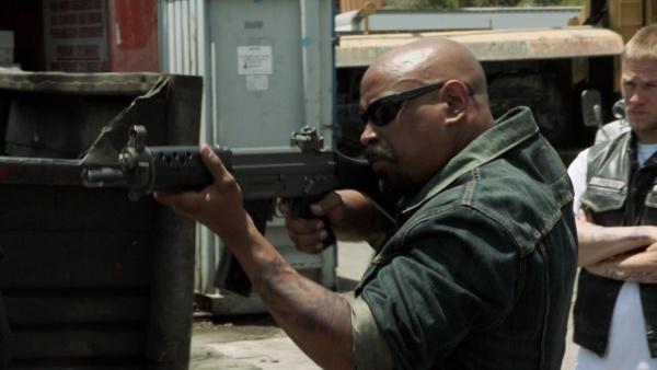Armes suisses dans les films 600px-SOAS4E02_01