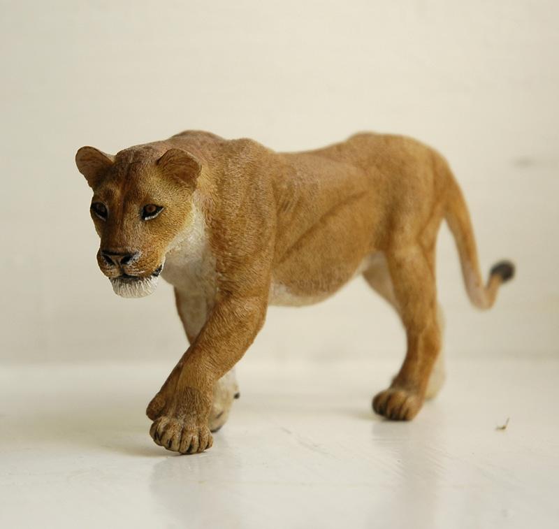 Mojo Fun lion & lioness 2014 walkaround LionessPHkh