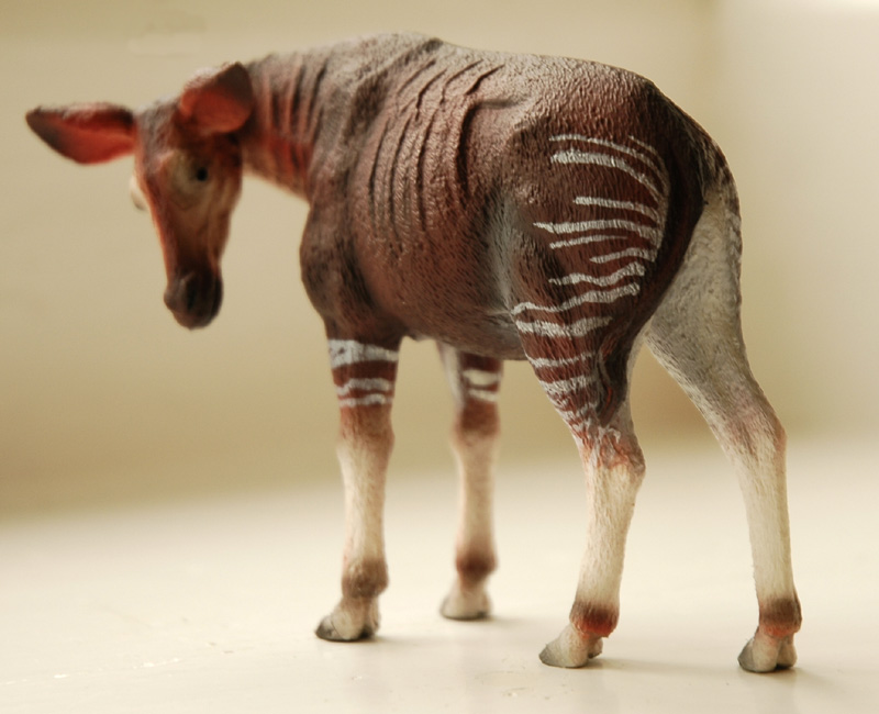 The new Bullyland Okapis - Page 3 Okapi6
