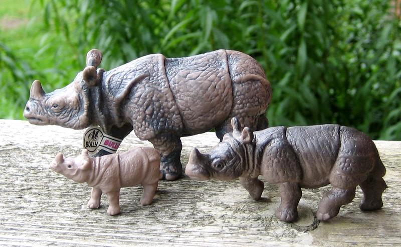 Susanne's Bullyland additions - Page 5 Rhinosmallminimicro