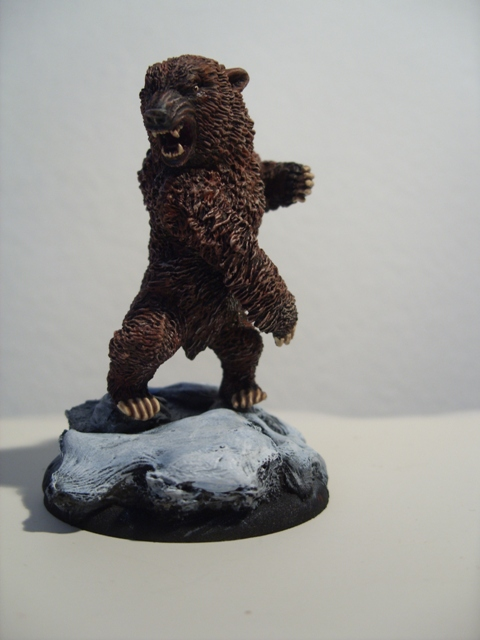 WIP Kislev SerialMoMs trained bear SDC14402