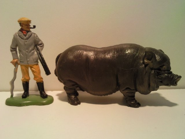 Willy's Schleich additions...  13239_Schleich_Vietnamees_Hangbuikzwijn_G_1998_2000_1