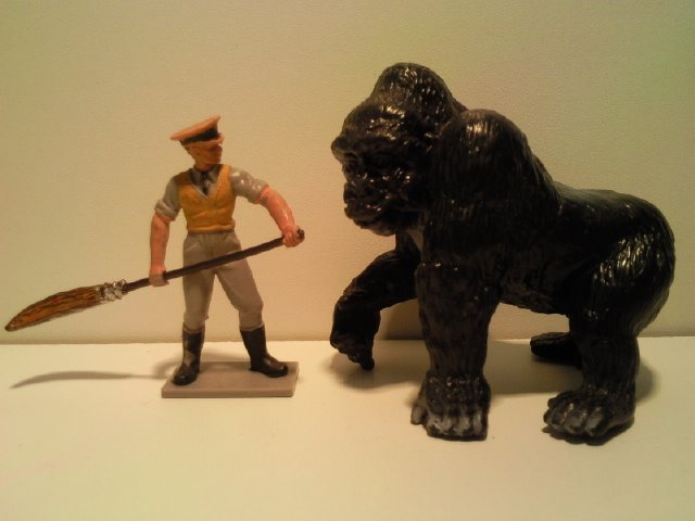 Willy's Schleich additions...  14030_Schleich_Gorilla_man_G_1990_2001_1