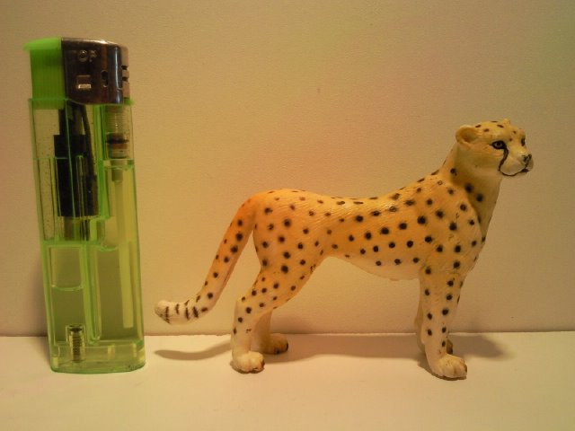 Willy's Schleich additions...  14143_Schleich_Cheetah_G_1998_2009_1