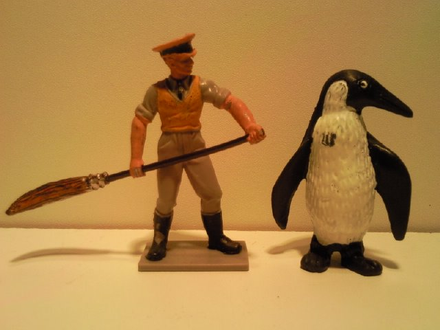 Willy's Schleich additions...  - Page 3 12003_Schleich_Classics_Pinguin_G_1965_1990_1