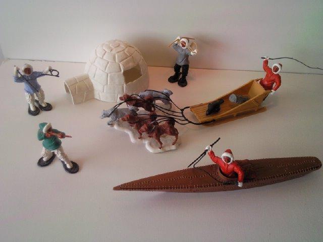 World figure : Inuit Timpo_Toys_Eskimo_box_1