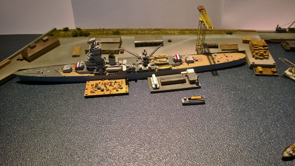 Diorama base navale 1/700 par Nesquik - Page 2 4EHAym