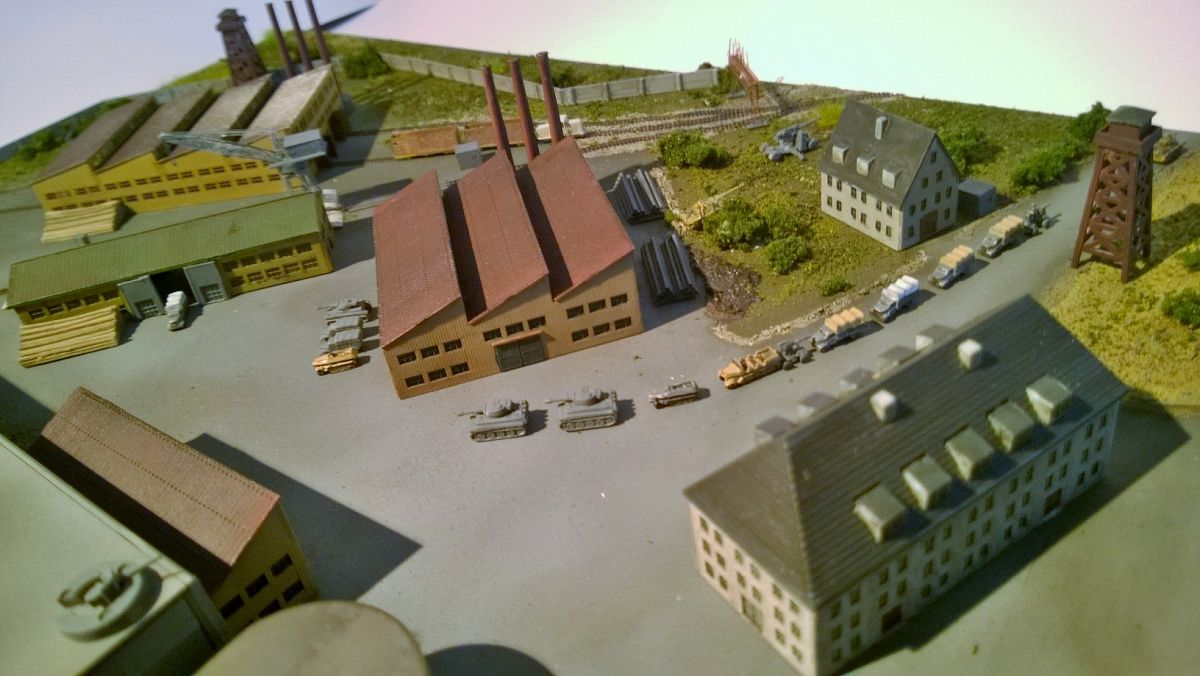 Diorama base navale 1/700 par Nesquik - Page 2 XxcMlK4
