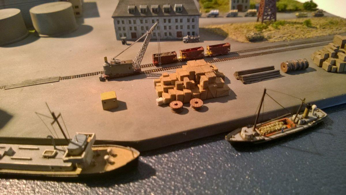 Diorama base navale 1/700 par Nesquik - Page 2 VeS6A1