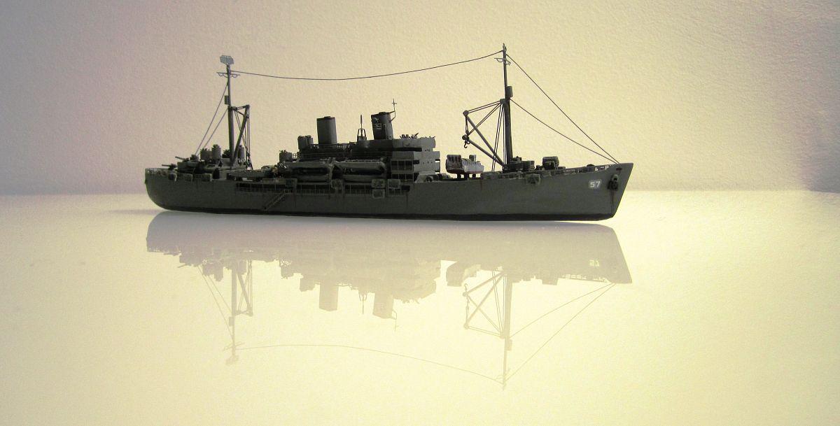 Transport de troupes US 1/700 - USS Gilliam - Nesquik 2lznW9M7