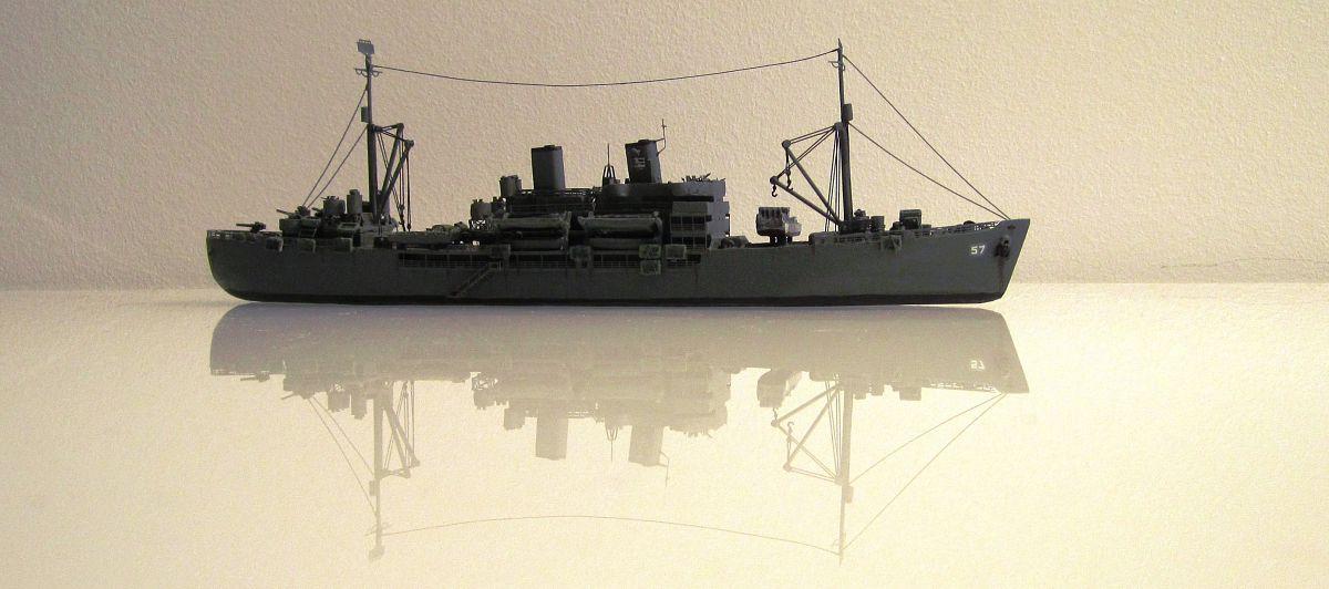 Transport de troupes US 1/700 - USS Gilliam - Nesquik UuBhrCcW